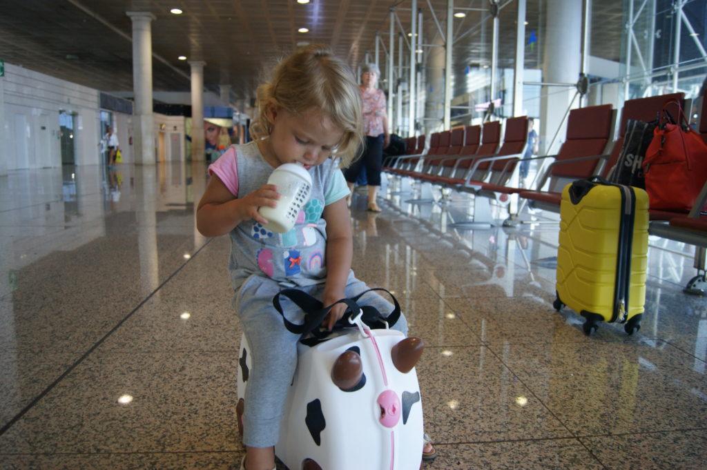 Доверенность на выезд за границу несовершеннолетнего