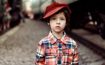 На поезде с детьми.