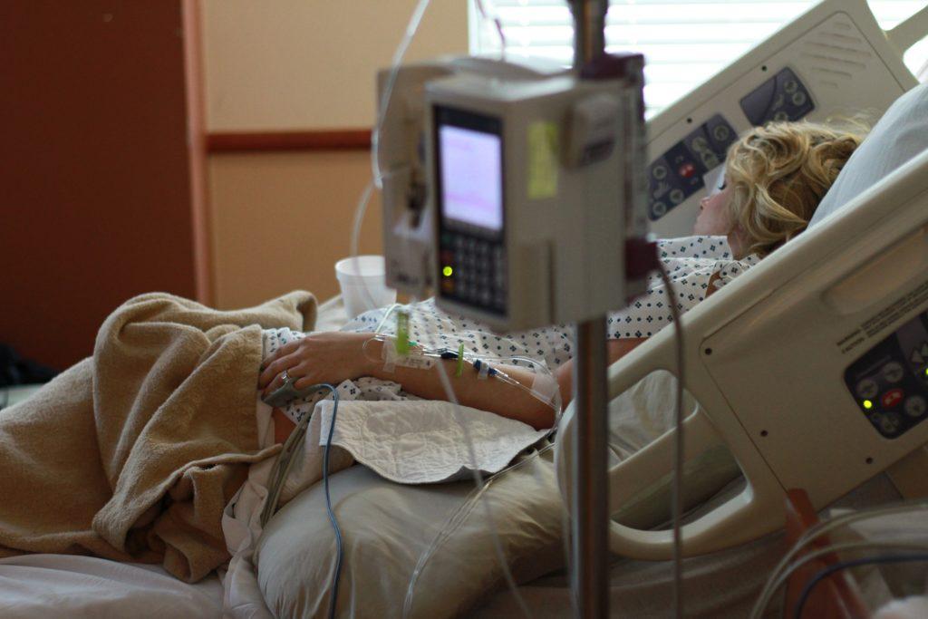 Роды в американской клинике обойдутся в 5-7 000 $.