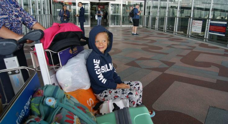 Как вывезти ребенка за границу.