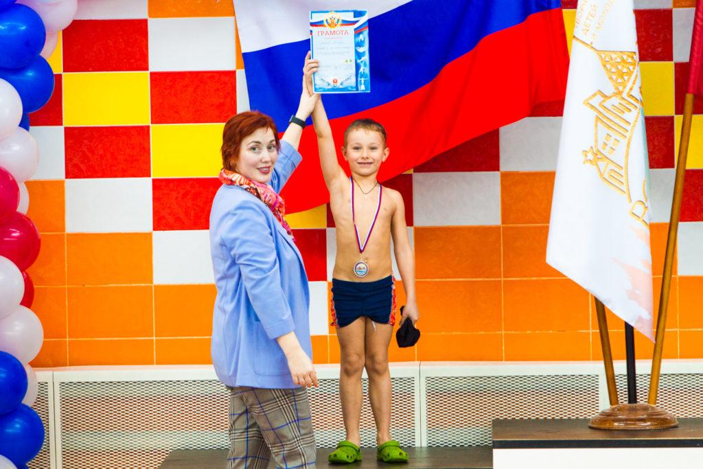 Мать героиня: сколько детей нужно родить в России 2020.