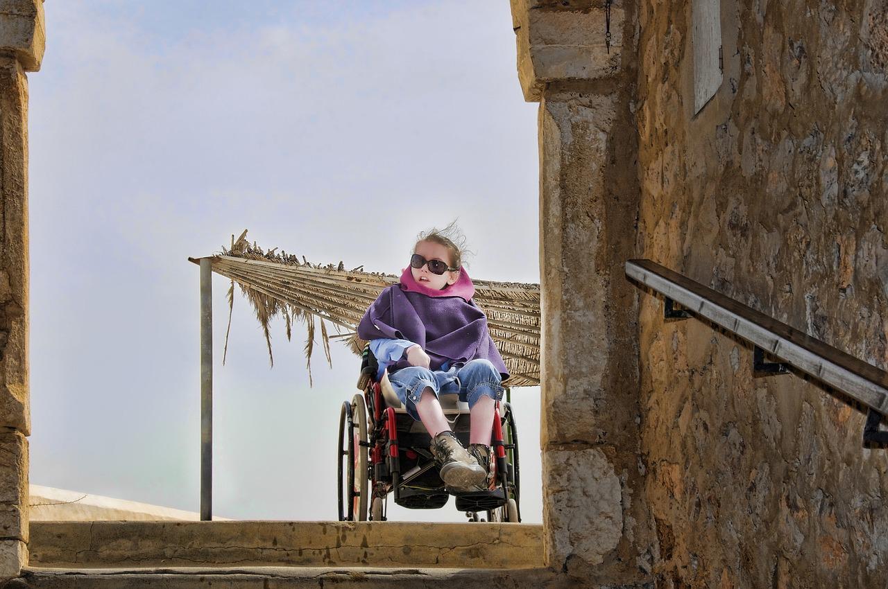 Алименты на ребенка инвалида: новый закон, до и после 18 лет.