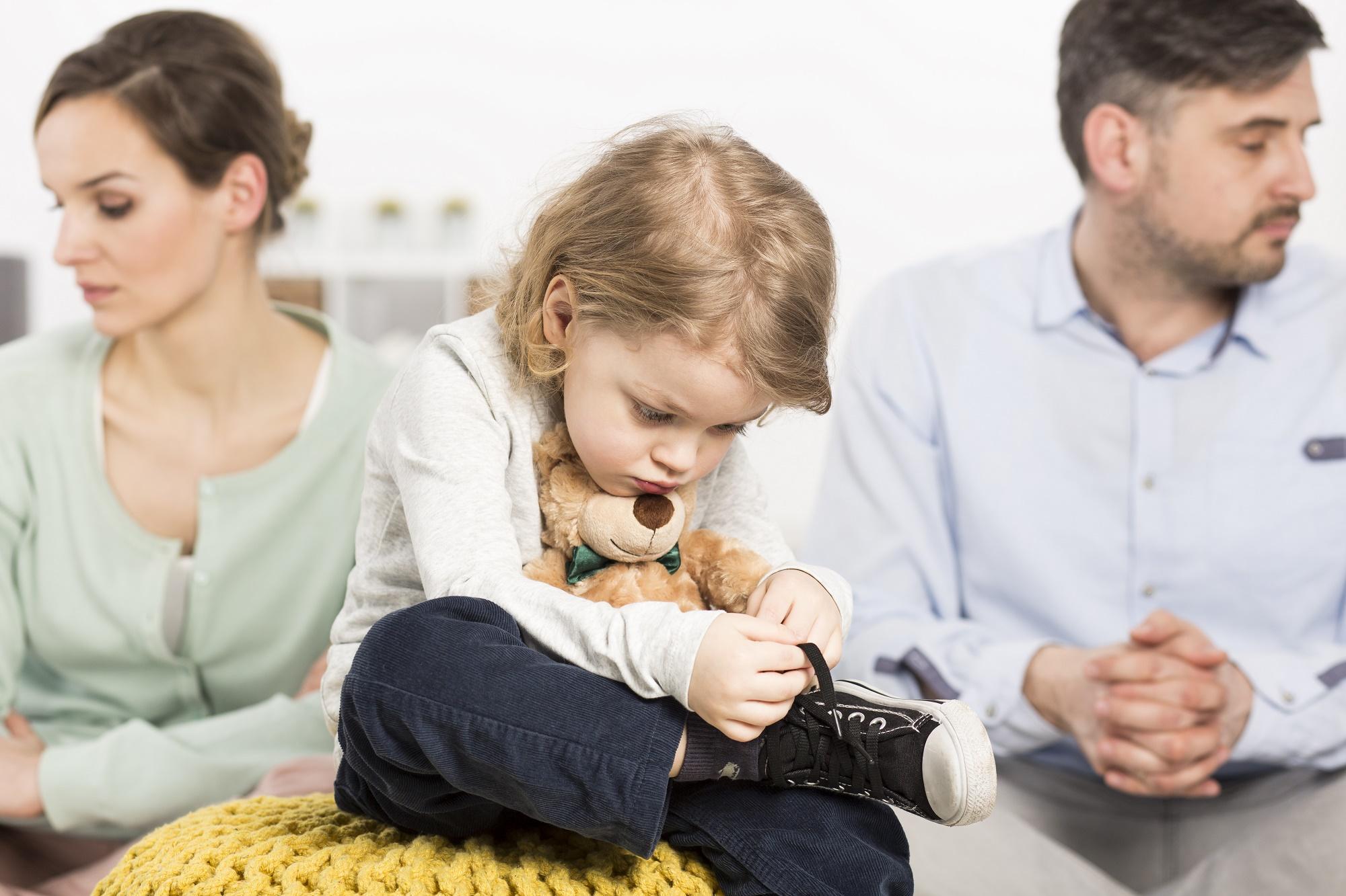 Отказ от ребенка отцом или матерью