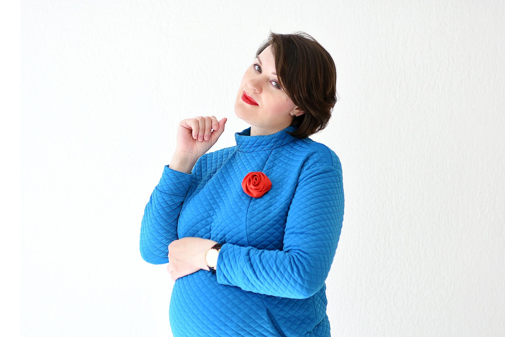 Больничный перед декретным отпуском: влияет ли на размер выплаты по беременности и родам, можно ли взять перед декретом, сколько дней можно получить?