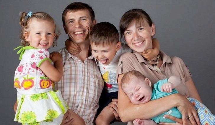 Какой помошь есть если иналид ребенок много детном семьи