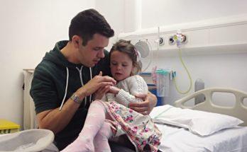 папа с ребенком на больничном
